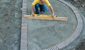 KROK VII -  Wyrównywanie i poziomowanie powierzchni