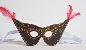 KROK VI – Wykańczanie maski karnawałowej